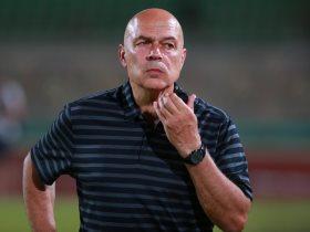 http://www.superkora.football/News/6/107996/3-شواهد-تؤكد-اقتراب-جروس-من-الرحيل-عن-الزمالك
