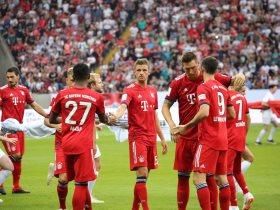 http://www.superkora.football/News/6/107915/دوري-أبطال-أوروبا-بايرن-ميونيخ-يعود-بفوز-ثمين-وأياكس-يعبر
