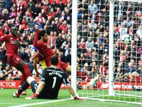 http://www.superkora.football/News/8/108281/محمد-صلاح-يسجل-فى-ثلاثية-ليفربول-أمام-ساوثهامبتون-ويقود-الريدز
