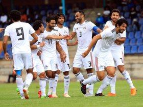http://www.superkora.football/News/1/115351/منتخب-مصر-يخوض-المران-الأول-بمشاركة-19-لاعبا-وقائمة-الإصابات