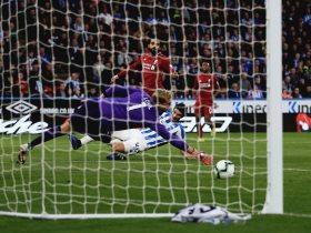 http://www.superkora.football/News/8/112235/محمد-صلاح-يقود-ليفربول-لمشاركة-السيتى-صدارة-الدورى-الإنجليزى-فيديو