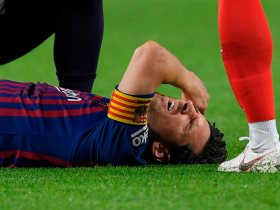 http://www.superkora.football/News/2/112247/إصابة-ميسى-فى-مباراة-برشلونة-وإشبيلية-ويغادر-الملعب-صور