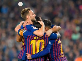 http://www.superkora.football/News/2/112249/برشلونة-يتقدم-على-إشبيلية-2-0-فى-الشوط-الأول-فيديو