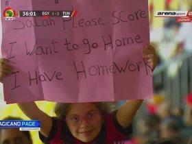 http://www.superkora.football/News/8/115852/محمد-صلاح-يرد-على-الطفلة-التى-طالبته-بالتسجيل
