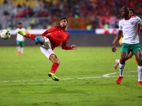 http://www.superkora.football/News/1/119378/الأهلى-يتقدم-على-جيما-الإثيوبي-2-0-فى-الشوط-الأول