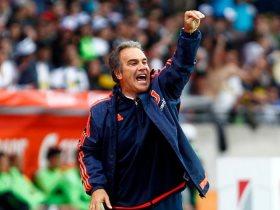 http://www.superkora.football/News/1/119570/الأوروجواني-مارتين-يصل-القاهرة-لإنهاء-مفاوضات-تدريب-الأهلي