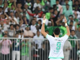 http://www.superkora.football/News/8/146153/الأهلى-السعودى-يتأهل-لملاقاة-الهلال-فى-ثمن-نهائى-أبطال-آسيا