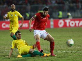 http://www.superkora.football/News/1/132634/أزارو-وأجاي-فى-تدريبات-الأهلي-اليوم-بعد-الإجازة