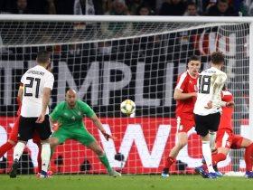 http://www.superkora.football/News/1/132807/جوريتسكا-ينقذ-المنتخب-الألماني-من-السقوط-أمام-صربيا-وديا-فيديو