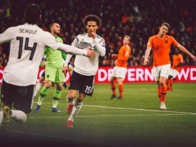 http://www.superkora.football/News/1/133481/فوز-ماراثونى-لألمانيا-ضد-هولندا-3-2-فى-تصفيات-يورو