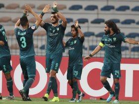 http://www.superkora.football/News/8/175292/الدوري-السعودي-عمر-السومة-بديلا-وتافاريس-أساسي-في-تشكيل-الأهلي