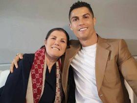 رونالدو ووالدته