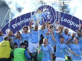 http://www.superkora.football/News/5/146180/قصة-مانشستر-سيتي-مع-التتويج-بالرباعية-المحلية-فى-4-دقائق