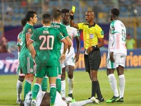مشاهد من الشوط الأول لمباراة الجزائر والسنغال