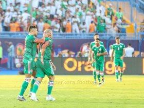 احتفال المنتخب الجزائرى