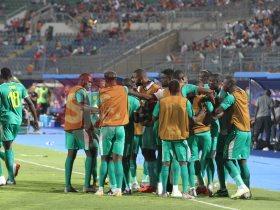 فرحة لاعبي السنغال