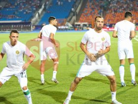 احماء لاعبي الجزائر