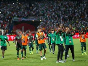 اعتذا لاعبي نيجيريا