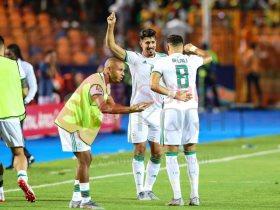 احتفال منتخب الجزائر