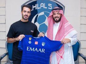 http://www.superkora.football/News/8/174564/الهلال-السعودي-يتعاقد-مع-أمير-كردي-3-سنوات-بداية-من