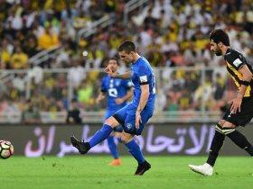 http://www.superkora.football/News/8/182633/الهلال-ضد-الاتحاد-الزعيم-يتفوق-فى-قمة-الـ308-ملايين-ريال