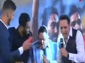 مصطفى قمر و لاعبو الأهلى