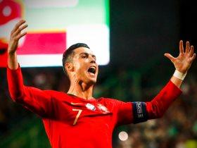 http://www.superkora.football/News/10/190173/أبرز-احتفالات-رونالدو-فى-الملاعب-قبل-أحرزه-الهدف-الـ-700