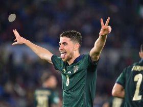 10 أرقام مميزة لجورجينيو نجم ايطاليا ضد اليونان