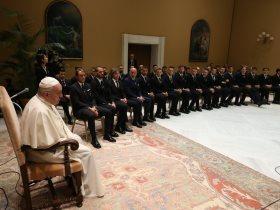 منتخب ايطاليا وبابا الفاتيكان