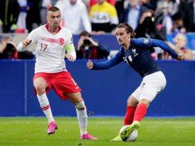 فرنسا ضد تركيا
