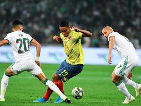 الجزائر ضد كولومبيا