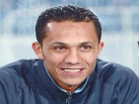 عبد الحليم علي يتابع تدريبات الزمالك الجماعية بعد عدوله عن الاستقالة