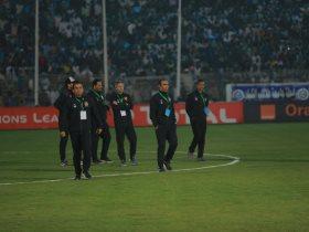 الهلال ينتظر عقوبات مالية والحرمان من الجوهرة الزرقاء بعد أحداث مباراة الأهلي