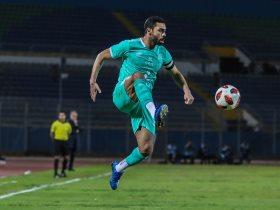 أحمد فتحي, الظهير الايمن للفريق الكروي الاول بالنادى الاهلى