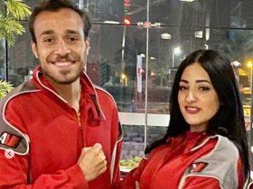 محمد عنتر نجم الزمالك وزوجته فى عيد الزواج